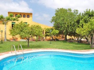 Maspujols Villa Sleeps 18 with Pool and WiFi - 5622420