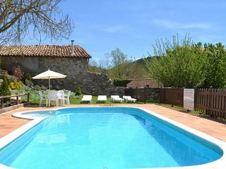 La Pobla de Lillet Villa Sleeps 13 with Pool and WiFi - 5622491