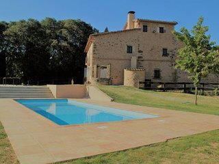 Terradelles Villa Sleeps 10 with Pool and WiFi - 5622324