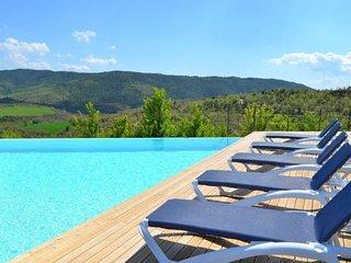 Santa Maria de Merles Villa Sleeps 12 with Pool Air Con and WiFi - 5622292