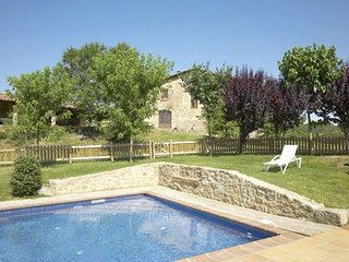 Gironella Villa Sleeps 14 with Pool and WiFi - 5622291