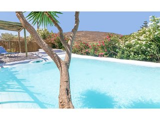 Amazing 1-Bedroom House in Tinos