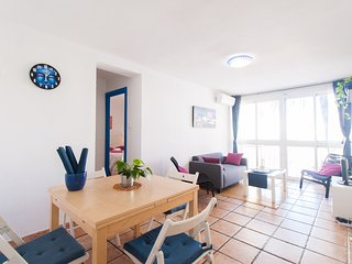 Dream in Blue -Malaga 2 bedroom next to the beach
