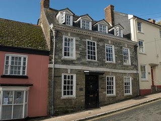 Fabulous property sleeping 8 in the heart of Modbury South Hams