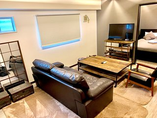 Superior 2 Bedroom Apartment in Akasaka