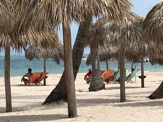 Beach Villa Mirabella WiFi Cleaning