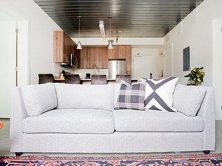 Sonder | Mid Main Lofts | Calming 2BR + Balcony