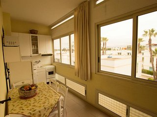 Spacious apartment in the center of Baia Verde with Parking, Washing machine, Ai