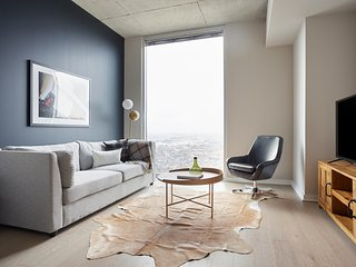 Sonder | Hermann Park | Sleek 1BR + Balcony