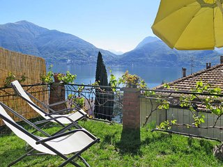 2 bedroom Apartment in Acquaseria, Lombardy, Italy - 5436516
