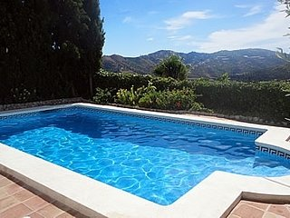 Frigiliana Villa Sleeps 4 with Pool - 5251943