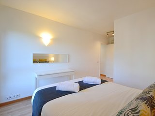 Spacious apartment a short walk away (167 m) from the 'Cala Major' in Palma with
