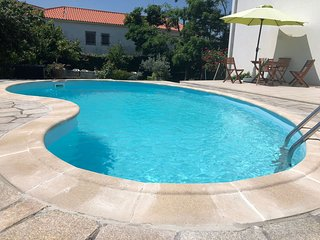 Spacious villa in the center of Bemposta with Parking, Internet, Air conditionin
