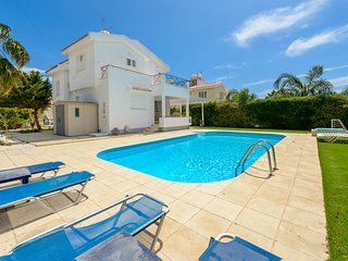 Great Villa with Private Pool in Great Location