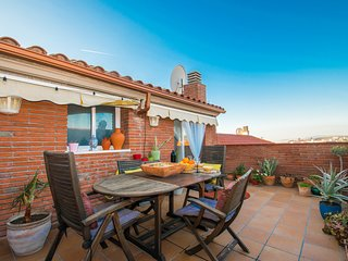 BEACH MASNOU, BEAUTIFUL DUPLEX  WITH TERRACE