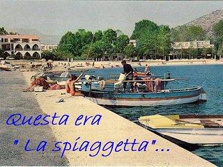 Benvenuti al B&B La Spiaggetta, fronte porticciolo turistico a La Caletta