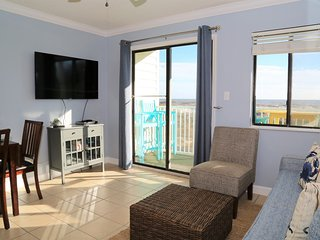 FRESH PAINT, NEW UPDATES Gulf Shores Plantation 1103 ~ Beach Front, FREE Wifi, I