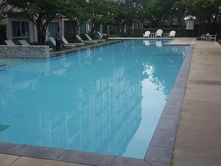 Baan Peang Ploen Studio Condominium