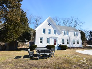 Dog Friendly Wellfleet 5 Bedroom with Brand New Full AC