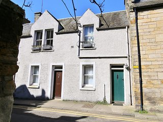 Castle Side, St Andrews - Town centre apartment - Sleeps 4