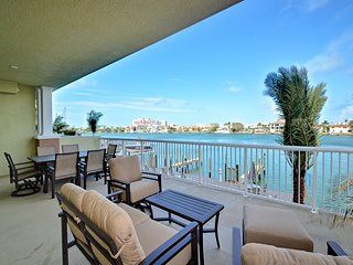 Sandpiper's Cove 203 Luxury Waterfront 3 Bedroom 2 Bath Condo