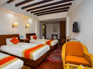 Apsara Boutique ((Family Deluxe Room 1)