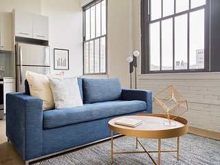 Sonder | Sixteen Hundred | Lovely 2BR + Rooftop
