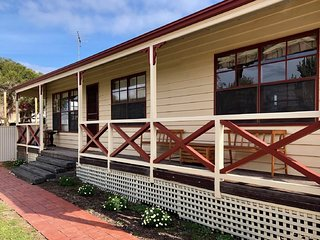 Gorgeous Goolwa - 3 Bedroom Beachhouse