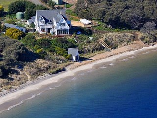 SALTCOTES BEACH HOUSE