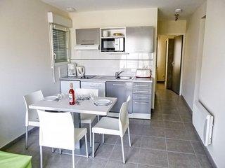 2 bedroom Apartment in Vieux-Boucau-les-Bains, France - 5766782