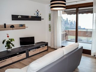 2 bedroom Apartment in Laveno-Mombello, Lombardy, Italy - 5766411