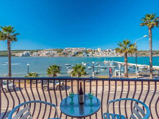 Harbour Lights seafront 2 bedroom apt C