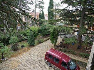 Appartamento in villa con giardino, toscana