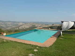 Celle sul Rigo Villa Sleeps 12 with Pool and WiFi - 5763137