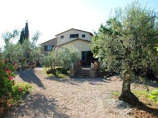 4 bedroom Villa in Il Castagno, Tuscany, Italy - 5763461