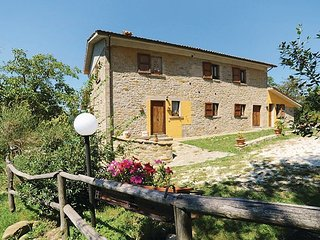 Pian di Molino Villa Sleeps 14 with Pool - 5762896