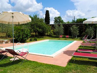 Poschini Villa Sleeps 12 with Pool Air Con and WiFi - 5762624