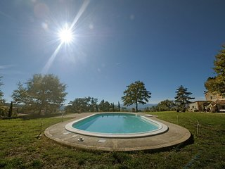 San Casciano dei Bagni Villa Sleeps 8 with Pool and WiFi - 5763540