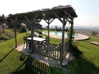 Castiglioncello del Trinoro Villa Sleeps 10 with Pool and WiFi - 5763489