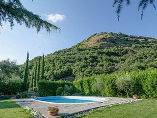 3 bedroom Villa in Montelaterone, Tuscany, Italy - 5764142