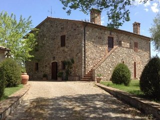 Stabbiano di Sotto Villa Sleeps 8 with Pool and WiFi - 5764101