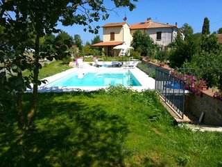 La Querce Villa Sleeps 5 with Pool and WiFi - 5764125
