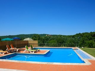 Campoleone Villa Sleeps 6 with Pool and WiFi - 5765165
