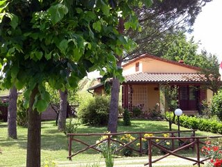 Perelli Villa Sleeps 5 with Pool and WiFi - 5765185