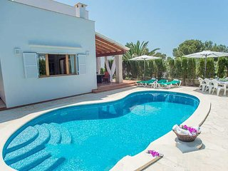 Cala Egos Villa Sleeps 8 with Pool Air Con and WiFi - 5000728