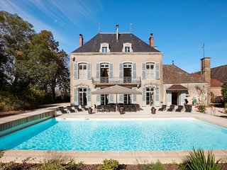7 bedroom Chateau with Pool, Air Con and WiFi - 5049847