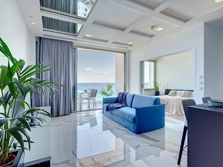 Stunning Apt Sea Views in Tigne Point, with Pool