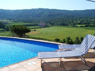 Gironella Villa Sleeps 11 with Pool and WiFi - 5623060