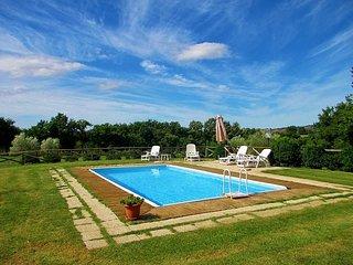 Sovana Villa Sleeps 11 with Pool and Air Con - 5764776