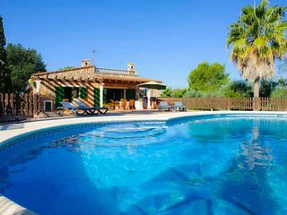 2 bedroom Villa with Pool, Air Con and WiFi - 5000855